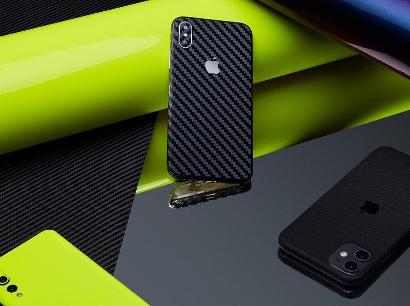 Przekształć swoje urządzenie za pomocą niestandardowych skórek na telefon komórkowy